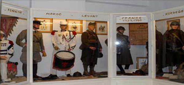 Légion de Puyloubier & détente à Vauvenargues
